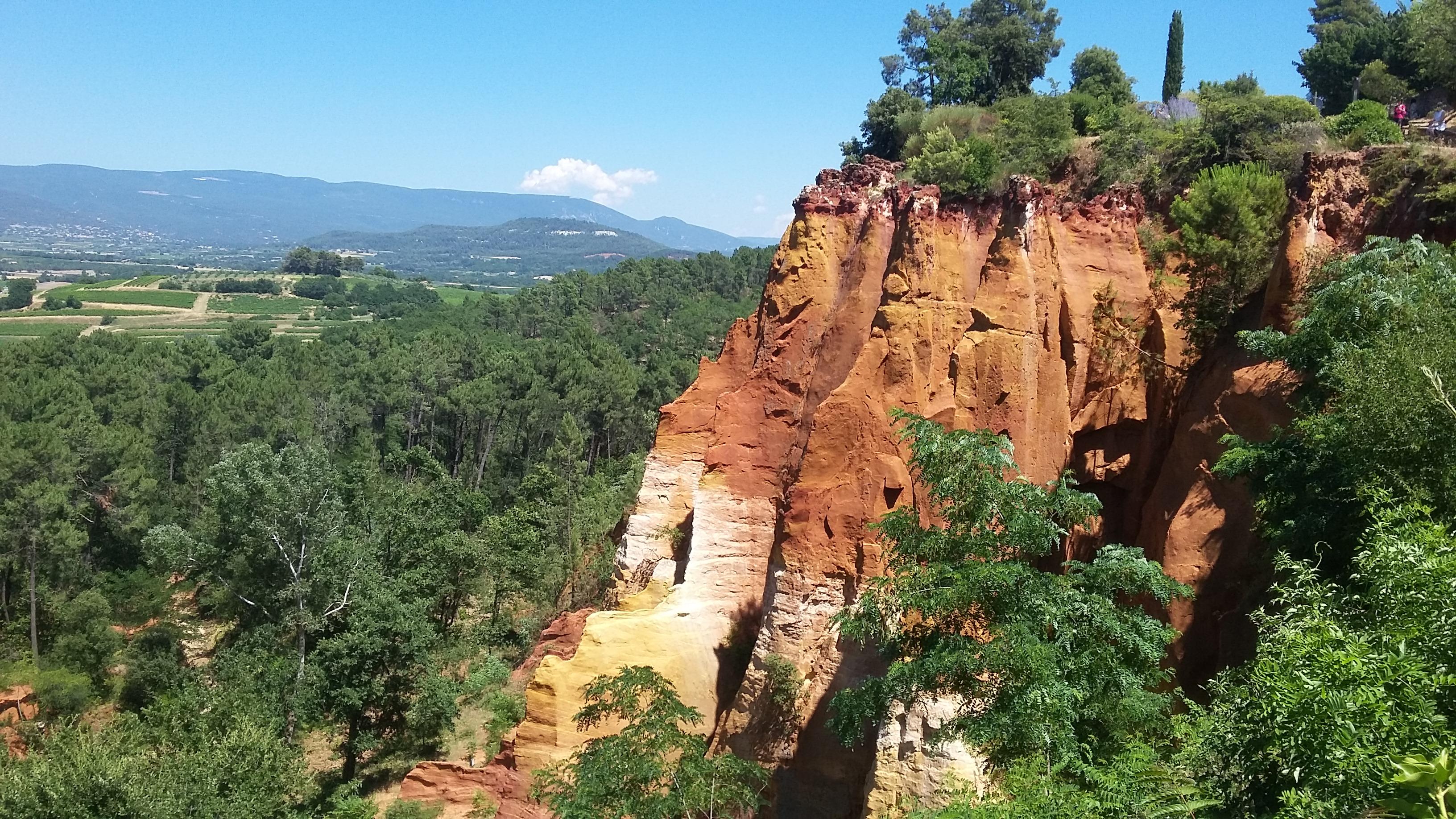 Falaise d'ocre à Roussillon